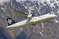 atr72-zk-mvb-mount-cook-airline-queenstown-frankton